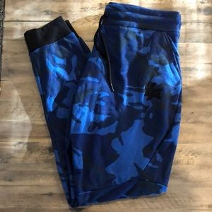 Other - YOUNGLA camo joggers